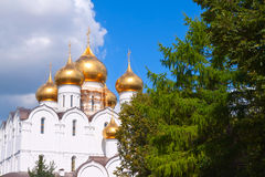 Domes of Assumption cathedral at Yaroslavl Royalty Free Stock Photos