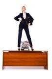 Dominante vrouwenwerkgever op bureau Royalty-vrije Stock Foto