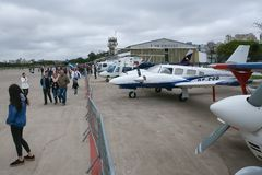 Domingo aéreo en el aeropuerto Campo de Marte imagenes de archivo
