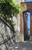 Dominicaanse Poort, poetsmiddel: Furta Dominikanska, oude stad in Sandomierz, Polen Stock Fotografie