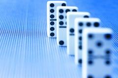 Domino-Domino-Hintergrund Lizenzfreie Stockbilder