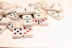 Domino med kulöra prickar Fotografering för Bildbyråer