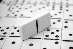 Domino på tabellen Royaltyfri Fotografi