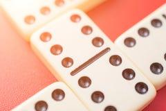 Domino's op rode lijst royalty-vrije stock foto