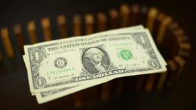 Domino skutka kryzys z dolarową walutą zdjęcie wideo