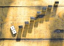 Dominos en bois réglés Photos libres de droits