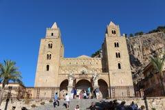 Domkyrka av Cefalà ¹ i Sicilien Royaltyfri Bild