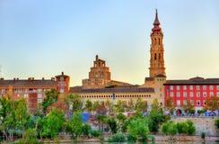 Domkyrka av frälsaren i Zaragoza, Spanien Fotografering för Bildbyråer