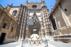 Domkyrka av helgonet Mary Catedral de Santa Maria de la Sede in arkivfoto