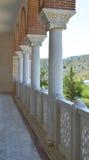 Domkyrka av helgonet Nectarios i den Aegina ön, Grekland på Juni 19, 2017 Royaltyfri Foto