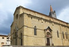 Domkyrka av helgonet Pietro och Donato, Arezzo, Tuscany, Italien arkivbilder