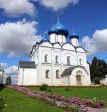 Domkyrka av Kristi födelsen i den Suzdal Kreml Arkivbild