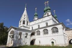 Domkyrka av Michael ärkeängeln i den Michael-Arkhangelsk kloster i Veliky Ustyug Royaltyfri Fotografi