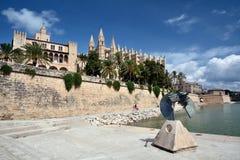 Domkyrka av Palma de Majorca och la Almudaina Arkivfoto