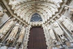 Domkyrka av Reims - yttersida Royaltyfri Fotografi