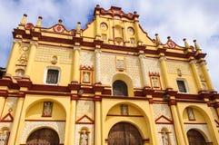 Domkyrka av San Cristobal de Las Casas, Chiapas, Mexico Arkivfoton