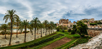 Domkyrka av Santa Maria av Palma, Spanien Fotografering för Bildbyråer