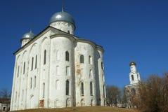 Domkyrka av St George, kloster för St Yurii, Veliky Novgorod Royaltyfria Bilder