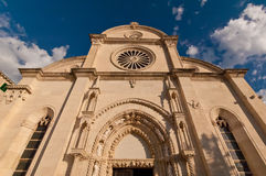 Domkyrka av St James i Sibenik Kroatien Royaltyfri Bild