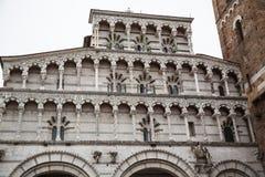 Domkyrka av St Martin i Lucca Tuscany, Italien Arkivfoto