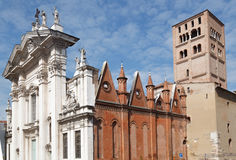Domkyrka av St Peter aposteln i Mantova, Italien Royaltyfri Foto