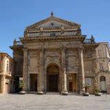 Domkyrka av staden av Lanciano i Abruzzo & x28; Italy& x29; Arkivfoto