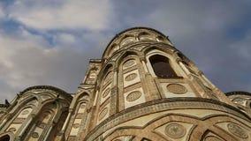 Domkyrka-basilikan av Monreale, är en Roman Catholic kyrka i Monreale, Sicilien, sydliga Italien arkivfilmer