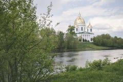 Domkyrka för helig Treenighet i Morshansk arkivfoto