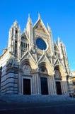 Domkyrka för Santa Maria dellassunta Arkivbilder