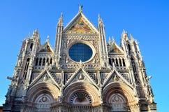Domkyrka för Santa Maria dellassunta Arkivfoton