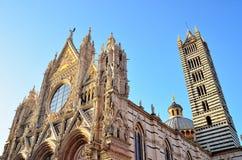 Domkyrka för Santa Maria dellassunta Arkivfoto