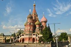 Domkyrka för St-basilika` s i Moskva Royaltyfri Fotografi