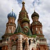 Domkyrka för St-basilika` s i röd fyrkant för Moskva` s fotografering för bildbyråer