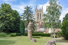 Domkyrka för St Edmundsbury och Abbey Gardens Royaltyfri Fotografi