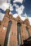 Domkyrka för St Marys i gammal town av Gdansk, Polen Arkivfoton