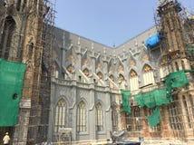 Domkyrka för St Philomena's under renovering i Mysore Arkivbild