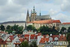 Domkyrka för St Vitus, Prague slott, Hradcany, Prague Fotografering för Bildbyråer