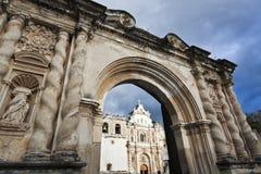 Domkyrka i Antigua Arkivfoton