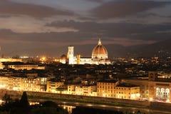 Domkyrka i Florence Italy på natten Arkivbilder