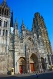 Domkyrka Notre-Dame av Rouen Västra fasad arkivbilder