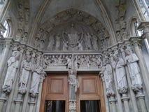 Domkyrka Notre-Dame i Lausanne i Schweiz Fotografering för Bildbyråer