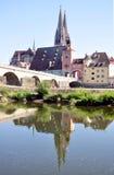 Domkyrka och den gamla staden av Regensburg, Tyskland Arkivfoto