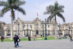 Domkyrka på Plaza de Armas Royaltyfria Bilder