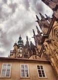Domkyrka Prague för St Vitus fotografering för bildbyråer