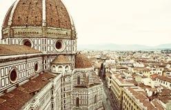 Domkyrka Santa Maria del Fiore i Florence, Italien, gammalt filter royaltyfria foton