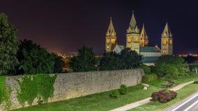 Domkyrka vid natten, Pécs, Ungern Arkivbild