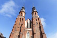 Domkyrkabasilika av det heliga korset, Opole, Polen Arkivfoto