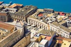Domkyrkafyrkant i Syracuse Sicilien arkivbilder