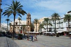 Domkyrkafyrkant- och Santiagokyrka, Cadiz Arkivbild