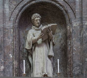 Domkyrkahelgon Gervais Saint Protais i Soissons, Frankrike Arkivfoton